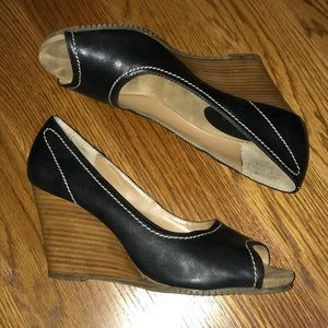 Maripe Cantina Black & Brown Wedge Heels Size 9